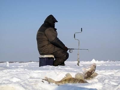 Пока Волга не замерзла окончательно